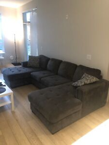 Sectional couch MUST GO!! Reduced