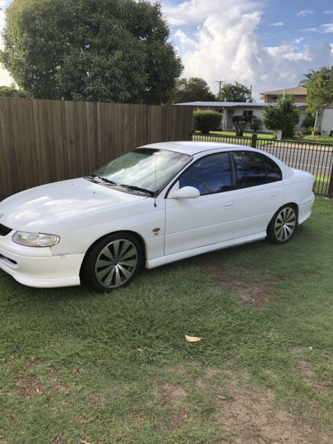 Vt commodore v6 cammed | Cars, Vans & Utes | Gumtree