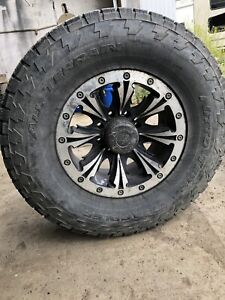"Selling 18"" rims with 35"" tires"