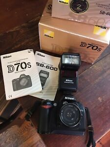 Excellent Nikon D70s DSLR with Nikon SB-600 flash