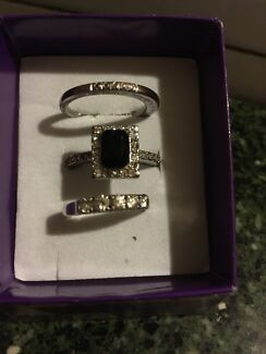 3 Piece Gem Stone Ring Set