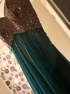 Beautiful strapless prom dress!!