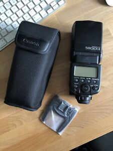 Canon 580EXII Flash with case and stand