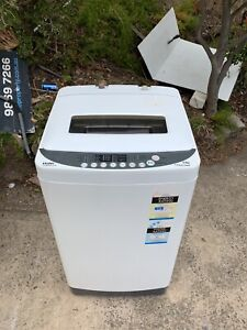 Haier 6.5KG fuzzy logic washing machine in good working condition