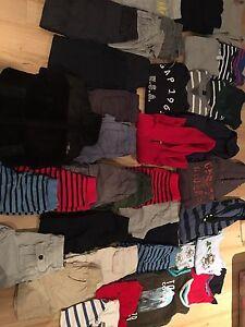 Vêtements garçon 4 ans à libérer
