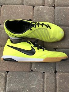 Nike T90 Indoor Soccer Shoes Size 9 New