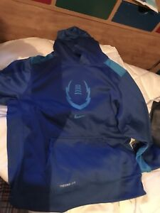 Youth XL Nike hoodie, new