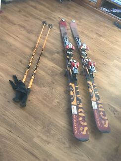 Skis with poles