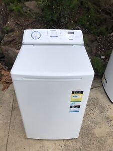 Simpson 6KG washing machine working very well