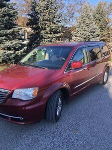 2011 Town and Country low kilometer120