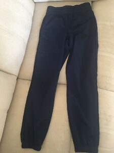 Boys Nike Track Pants / Trousers size Small 8-10 years old