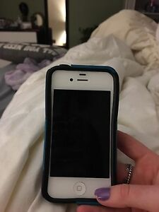 iPhone 4s and otterbox for sale
