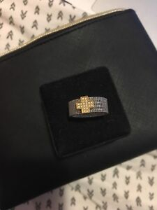 Gold ring with diamond cross