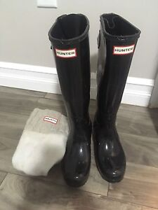 Barely worn Hunter Boots