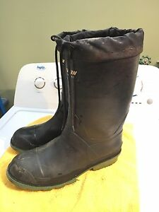 Men's Baffin lined rubber boots size 9 $20