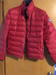 Canada Goose - Lodge (red) SIZE LARGE