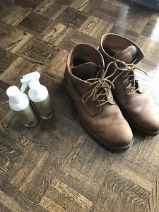 ROOTS LEATHER BOOTS