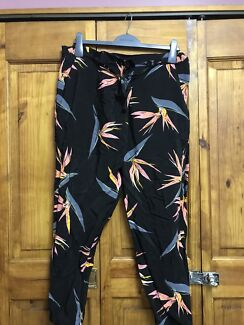 Country Road Pants - Size 12