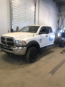 Dodge Ram 5500 Cab and Chassis