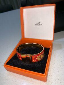 800799c8dc4 2 in 1set- Hermes bangle and MIU MIU sunglasses
