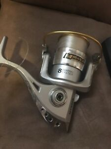 Fishing reel for sale 40$