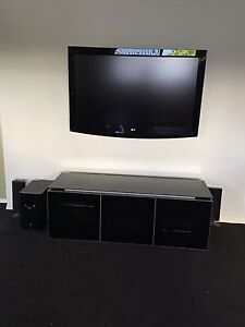 LG TV and TV Cabinet Kuraby Brisbane South West Preview