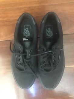e9e7e01c11ed26 Black Vans