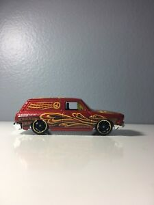 2016 Hot Wheels Custom '69 Volkswagen Squareback