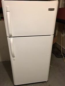 Frigidaire brand -fridge 9/10