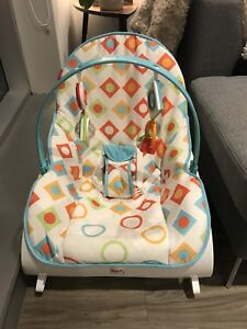 Fisher Price Infant to Toddler Rocker - EXCELLENT CONDITION