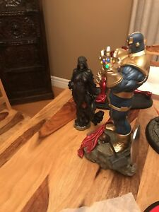 Sideshow  thanos and mistress death exclusive diorama