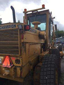 1989 740A champion grader and wing