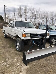 Ford F-250 7.3 5speed
