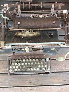 Antique Typewriter Glamorgan Vale Ipswich City Preview