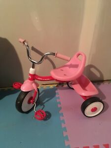 Radio flyer tricycle pink