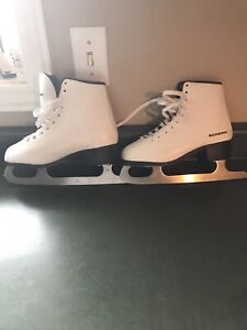 Size 3 youth girl skates