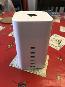 !!! LIKE-NEW LATEST GEN APPLE AIRPORT EXTREME !!!