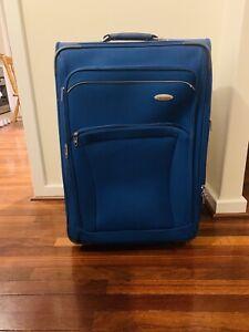 Samsonite 75cm Large Suitcase with Compartments