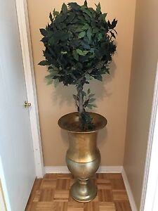 Gold & silver vase with topiary tree