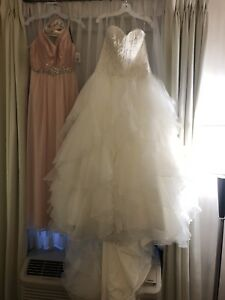 Oleg Cassini wedding gown Ivory