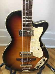 Eastwood Club Bass