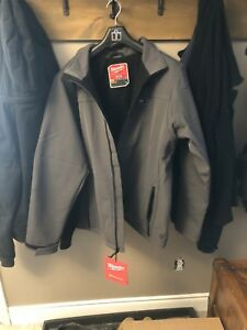 2XL Men's Grey Milwaukee Heated Jacket