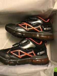 Bnwb geox light up boys shoes sz 9