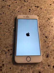 iPhone 6S 32GB Unlocked 220$ ferme