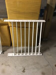 Kidco Safeway safety gate and fence