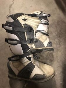 Thor dirt bike boots size 9