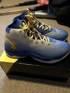 Curry Basketball Shoes Men's size 10.5