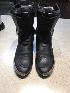 Bottes dainese in 44eu 11us