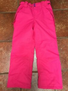 Girls ski pants size 9-10. Worn twice. Excellent condition