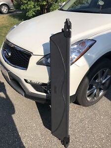 Cargo Cover Rear Trunk QX 50 Mint Condition